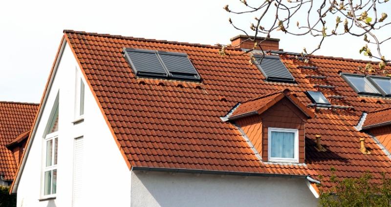 Szükség van-e tetőtéri ablak árnyékoló felszerelésére?